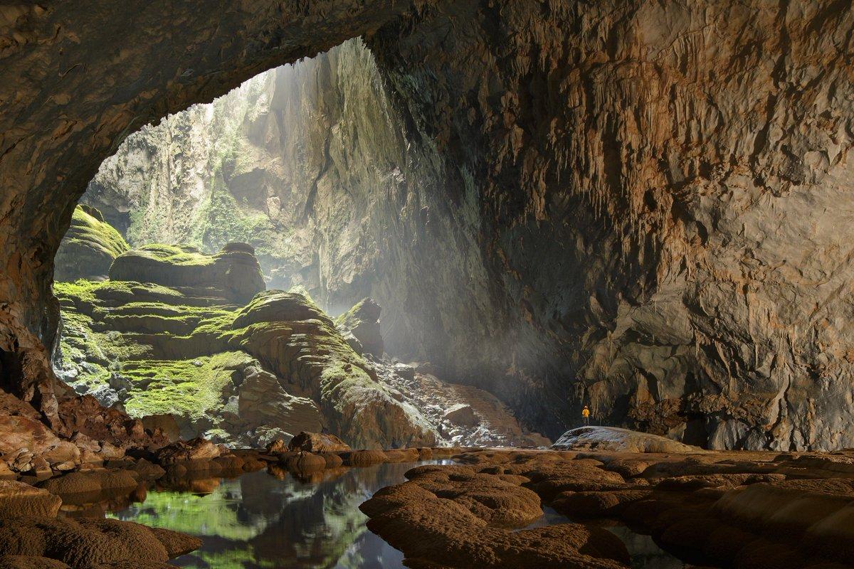 """Dani Parker on Twitter: """"Ojalá ir a Son Doong, la cueva más grande del  mundo. La descubrió un granjero por casualidad hace 28 años en Vietnam,  pero hasta 2009 no fue explorada"""