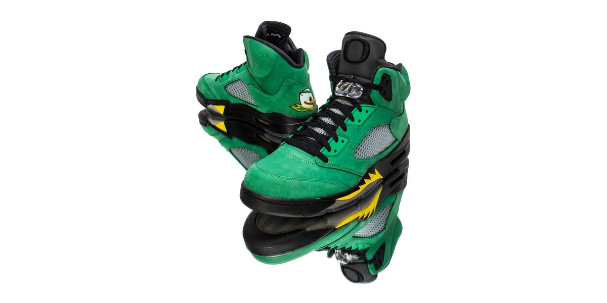 ba5b9dd0906 Oregon University has a running history of dressing iconic Jordan Brand  models in the Ducks  motif