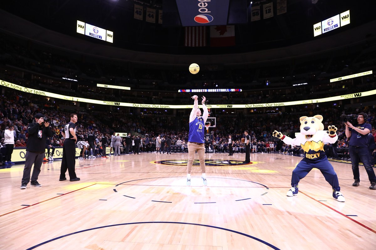 Nate Loibl, the winner of our Western Union Money Moves trick shot contest, came out for tonight's First Shot!  #MileHighBasketball