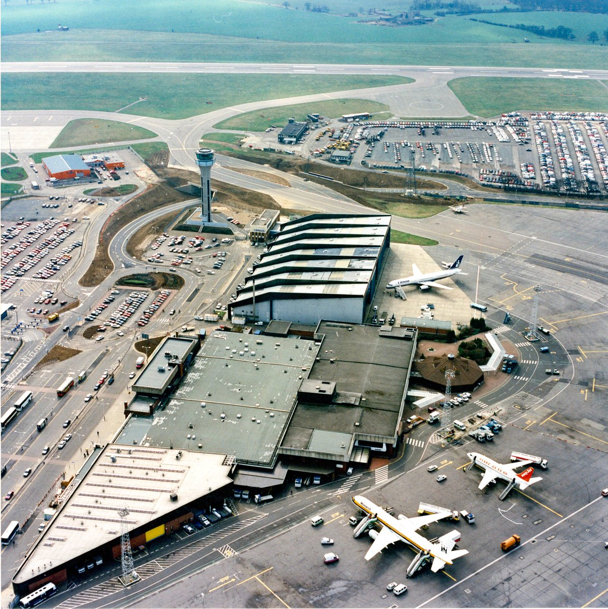 "London Luton Airport ar Twitter: ""What decade do you think this photo of  London Luton Airport was taken? 📷✈️ Clue: It's #ThrowbackThursday!… """
