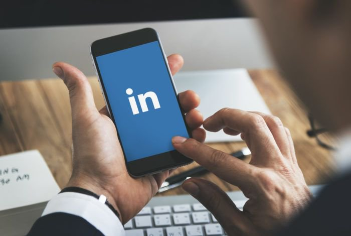 Ever wondered if LinkedIn premium is really worth it?  Us too! To help you  understand LinkedIn Premium vs Basic, download our FREE guide! http://bit.ly/2YK7ATb #LinkedIn #LinkedIntips #LinkedInconnections