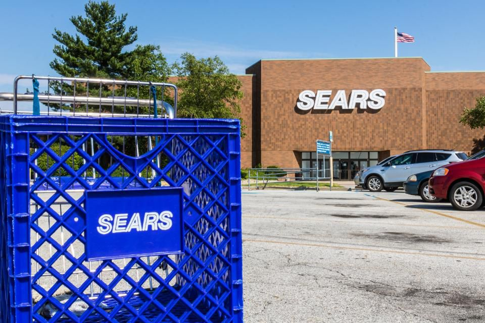 After buying Sears out of bankruptcy, new owner and CEO Eddie Lampert is executing his master plan—to the concern of employees  http:// on.forbes.com/6011Eb5Dh  &nbsp;  <br>http://pic.twitter.com/zZYSLgUbMr