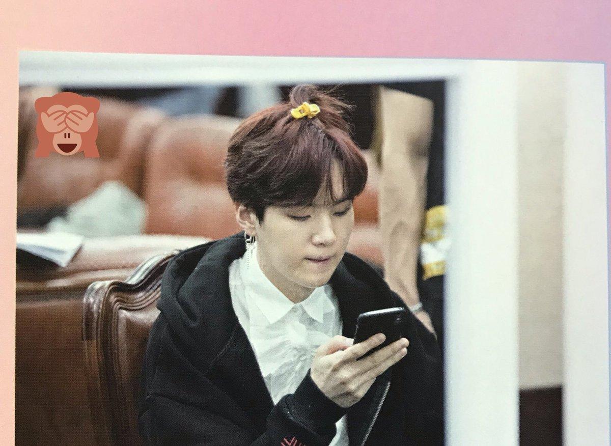 Cute vậy ai chơi :< 🐰🐰💕 #BTSBillboardTopGroup