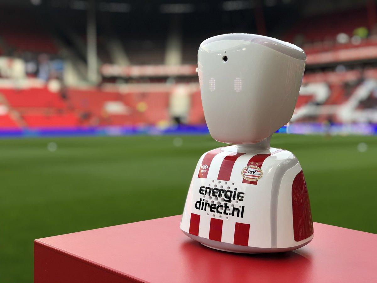 Hoi Natan, kan je ons zien? 👀 #PSVPEC #MoreThanFootball