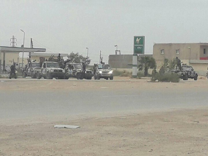 ليبيا: طرابلس تعلن الاستنفار لمواجهة قوات حفتر - صفحة 2 D3Ui4x2WsAAXjbs