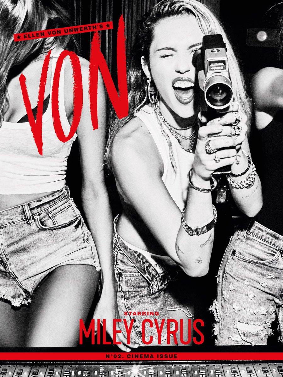 """"""" We gonna make a movie .... & it's gonna be in 3D"""" 🎥 Von Mag Cinema Issue @ellenvonunwerth"""