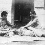 Image for the Tweet beginning: A 19th-century Samoan tattoo artist