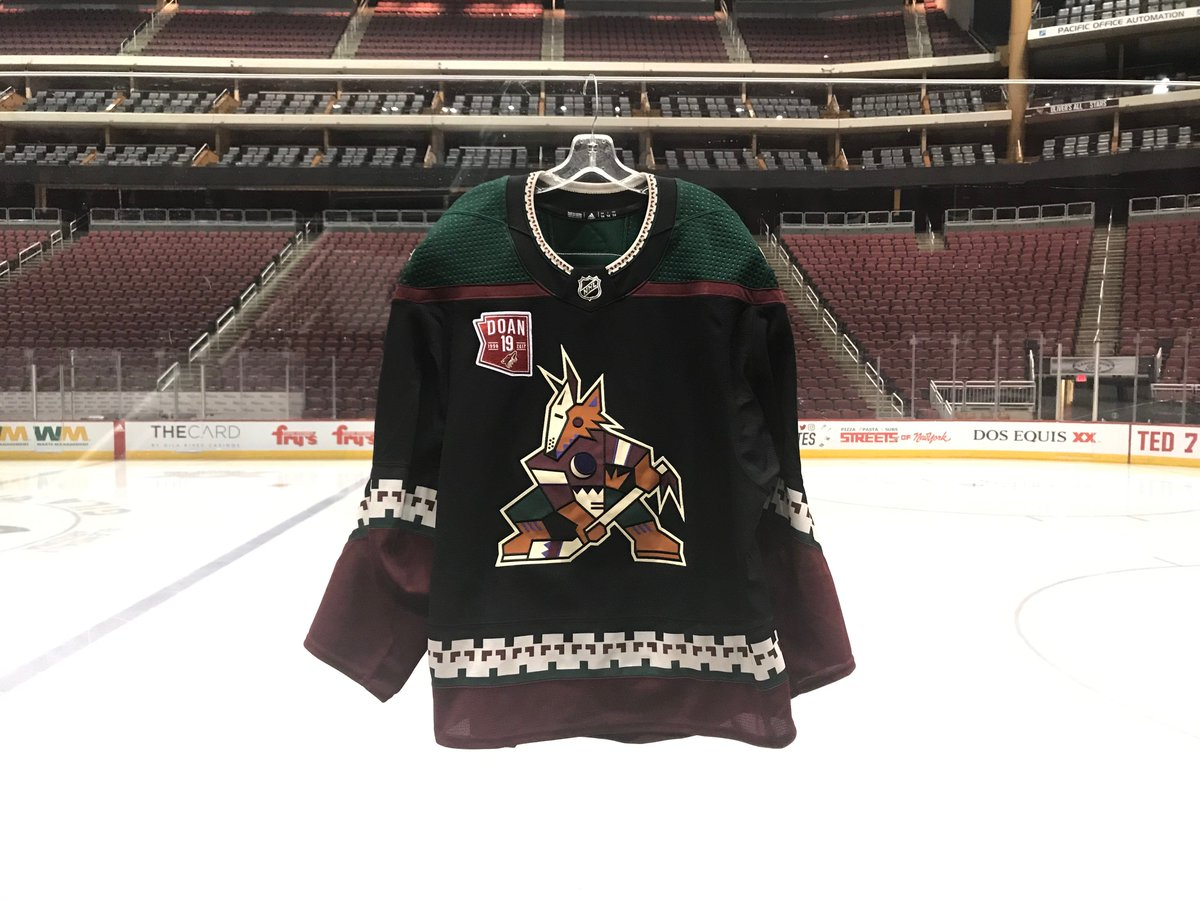 ae511b6c815 ... and make sure you stop by Charity Corner, Sect.110 during the game to  see the items in person! #OurPack http://www.arizonacoyotes.com/jerseyauction  ...