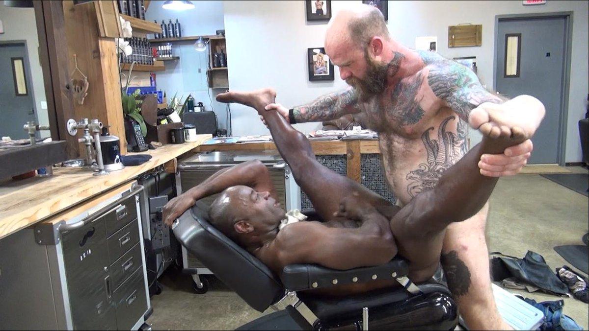 Nude barber best cut