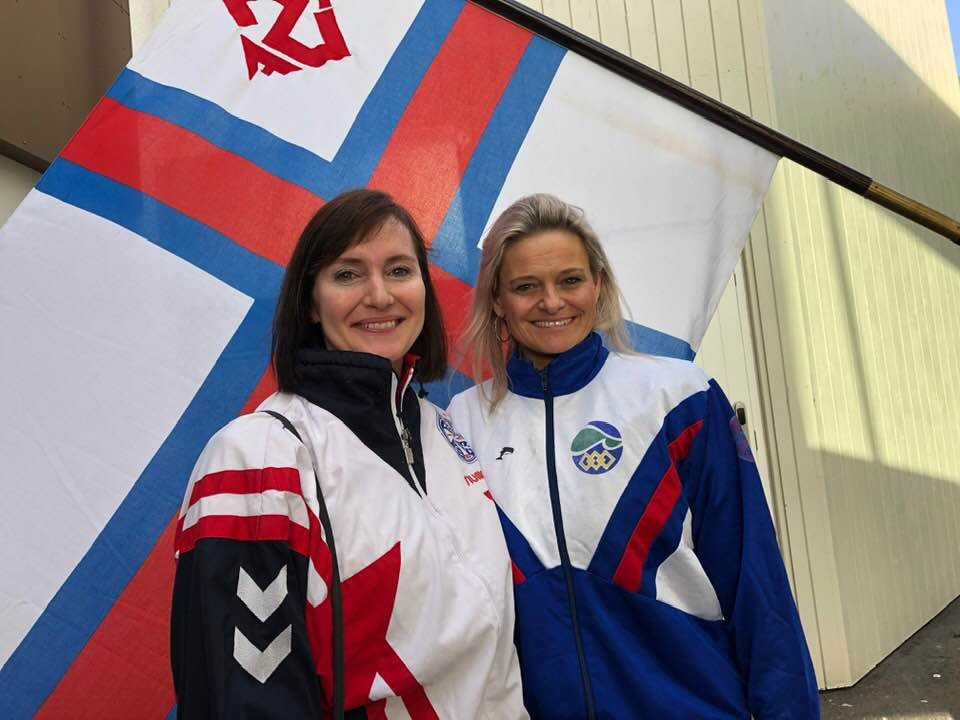 Faroese Minister of Finance, Kristina Háfoss & Mayor of Tórshavn, Annika Olsen got into the spirit of our 80th Anniversary celebrations - wearing sports kit from when they represented #FaroeIslands in #swimming at the International Islands Games 🏊♀️🇫🇴  👉 http://bit.ly/2UefhlQ
