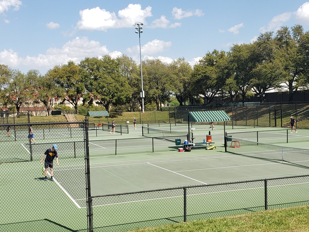 2019 (Day 1) of the FWISD District 6-5A tennis championships at TCU! Teams are definitely getting better!