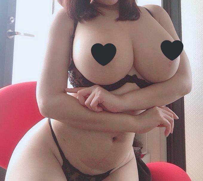 AV女優葉月美音のTwitter自撮りエロ画像13