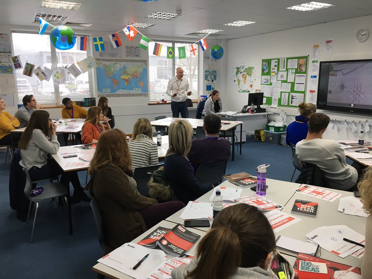 Great session with @TeacherToolkit - practical strategies for improving feedback. Miss Ridge being put through her paces! https://t.co/tKW6hFPgEz