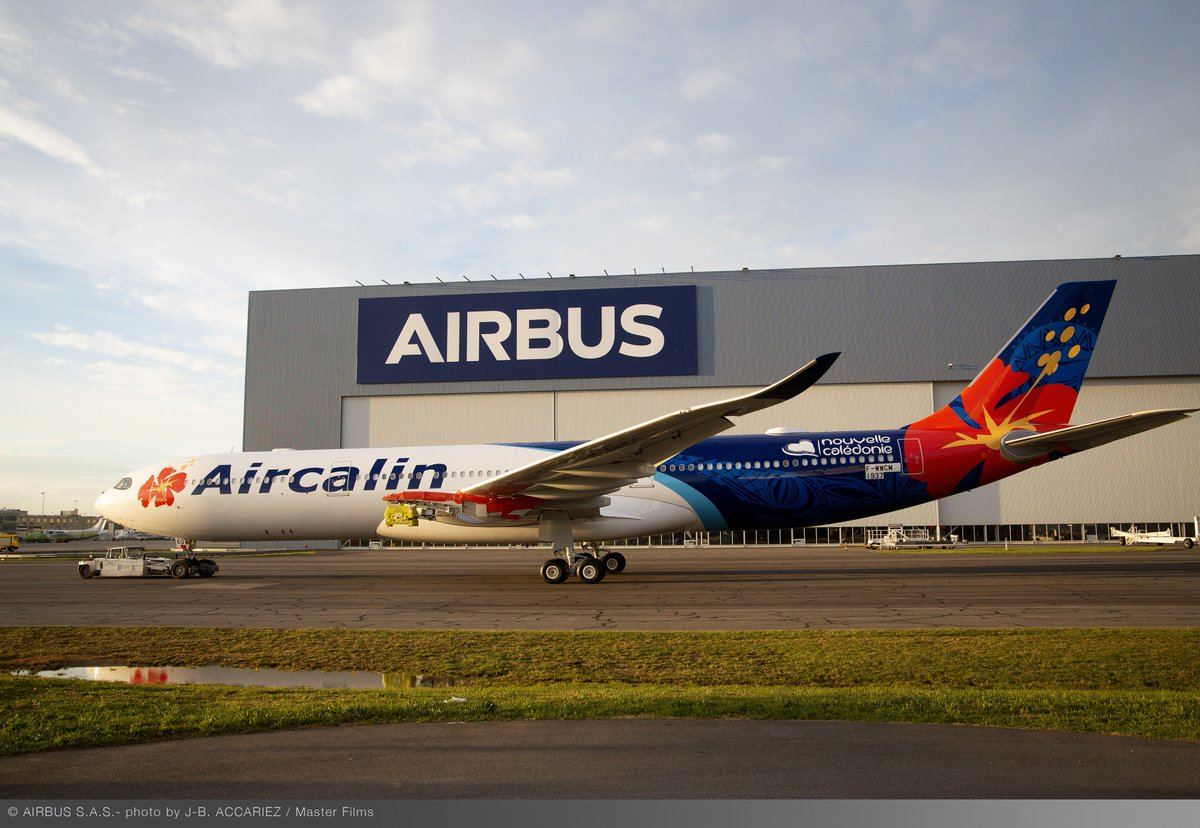 The traditional, the new, and a whole lot of colour! #Aircalin's first #A330neo is rolling out, proudly displaying this amazing livery featuring its logo the Hibiscus flower 🌺, native to the Pacific Islands. We can't wait to see it bring a splash of colour to the skies!