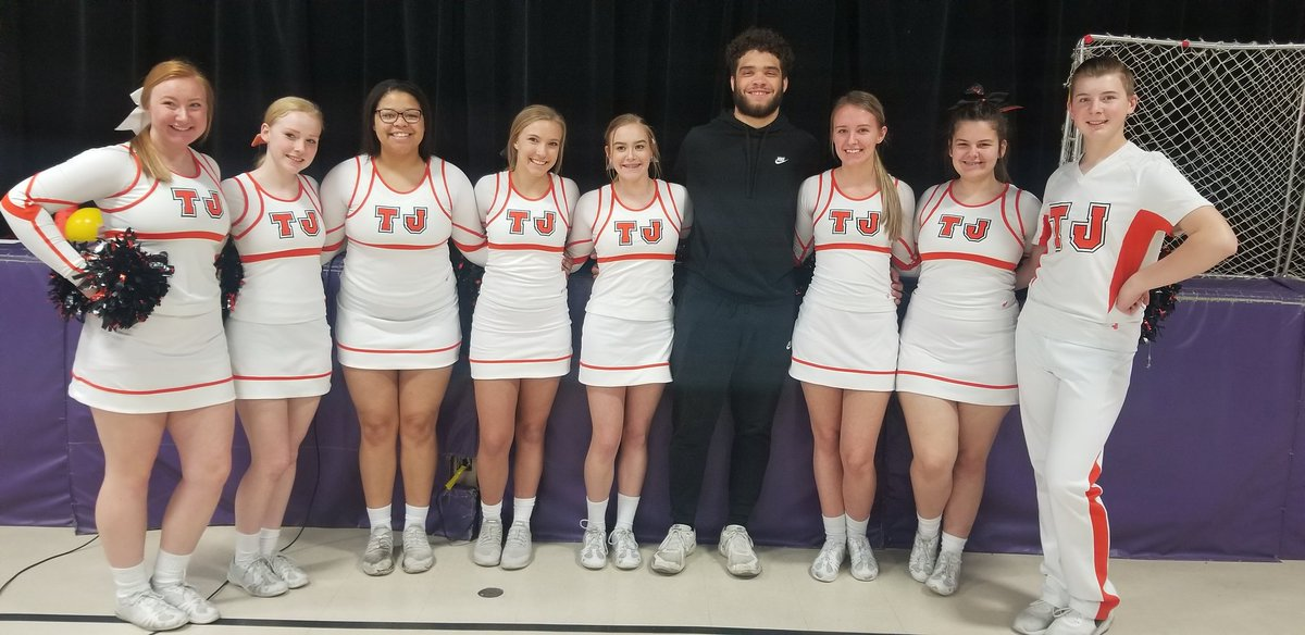 """Had such a great time @Edison elementary's ROCK THE TEST pep rally! In the encouraging words of coach Coach Manz """"You have been training for this all year! BEElieve you are the BEST and you will do your BEST! @cbtjwrestling @cameronbaker_89 @manz_amanz"""