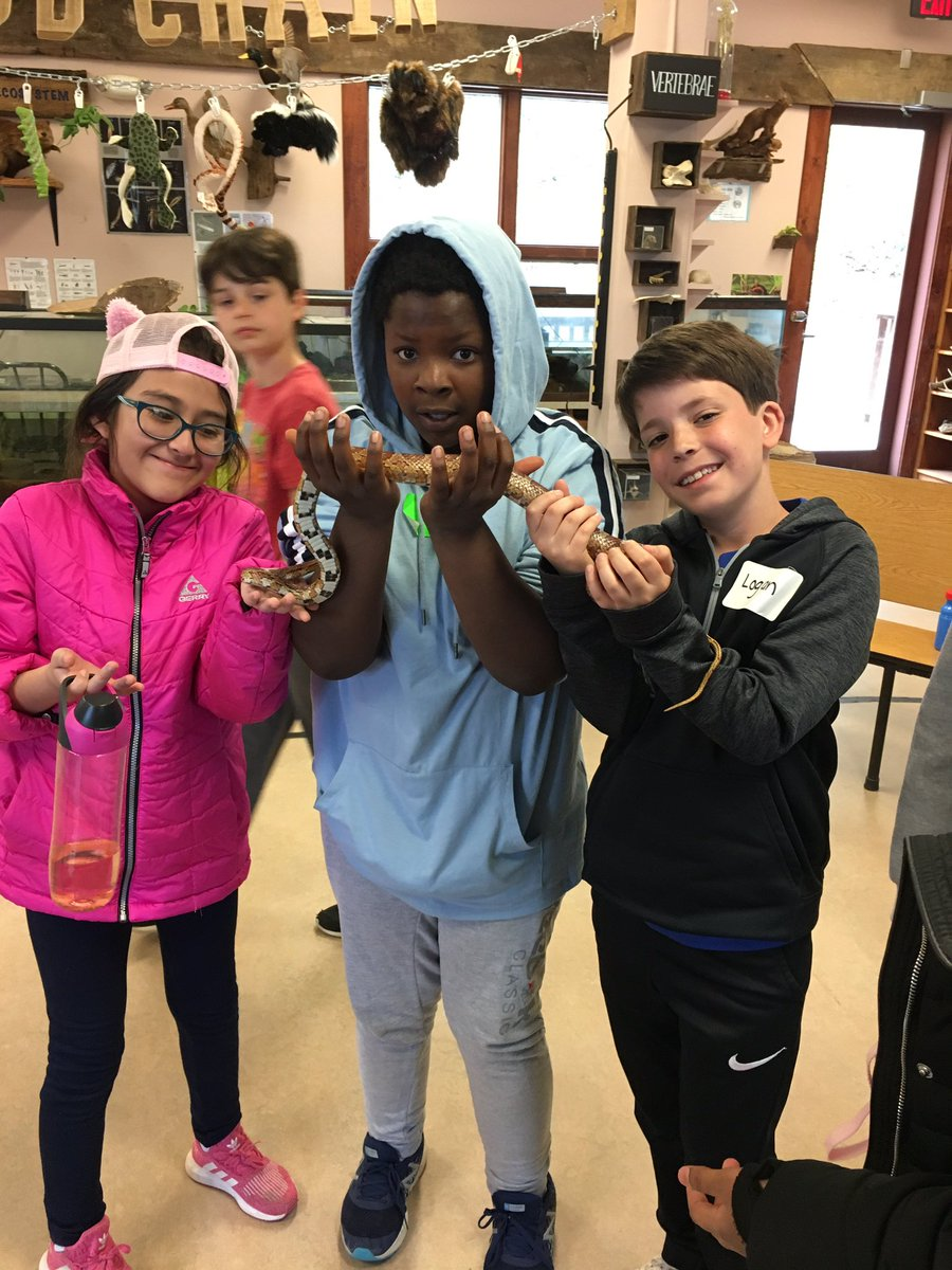 As always, we had a BLAST at <a target='_blank' href='http://twitter.com/TheOutdoorLab'>@TheOutdoorLab</a>! Thanks to everyone who helped pull off such a great experience for our 5th graders! <a target='_blank' href='http://twitter.com/MsPerrysclass1'>@MsPerrysclass1</a> <a target='_blank' href='http://twitter.com/davitt45'>@davitt45</a> <a target='_blank' href='https://t.co/2zQmUiOpQo'>https://t.co/2zQmUiOpQo</a>
