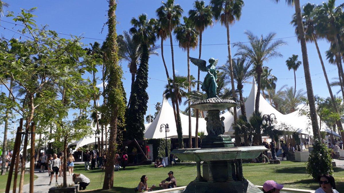 Coachella 2019 - Pedazo festival acampando en tu casa - Weekend II D3_KECKUYAA82jX