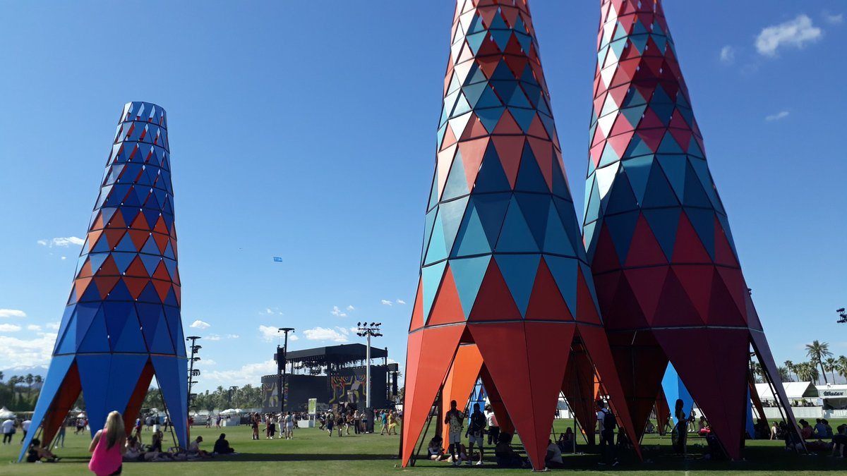 Coachella 2019 - Pedazo festival acampando en tu casa - Weekend II D3_KEukUUAAiTPT