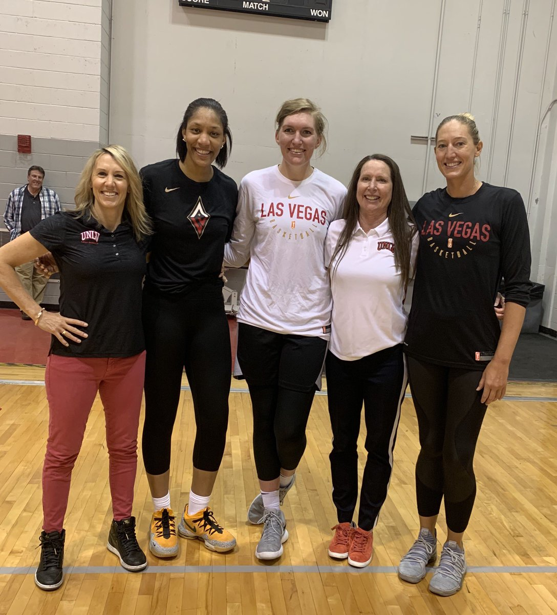 Everybody on our @UNLVLadyRebels is taking their game up a level. We have the WNBA @LVAces working out! The BEST of the BEST @_ajawilson22 and @CarolynSwords in our house!! #TotalWinners #BEaREBEL