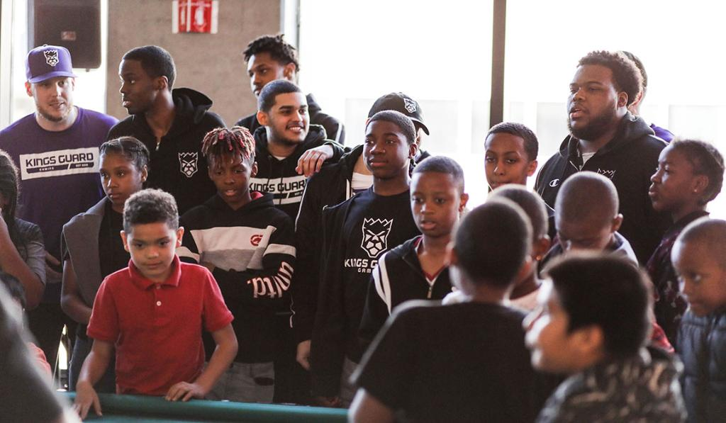 Our squad was able to share some inspiration with the local youth of @BuildBlack10 last week 🙌 » http://spr.ly/6015Eb2F3