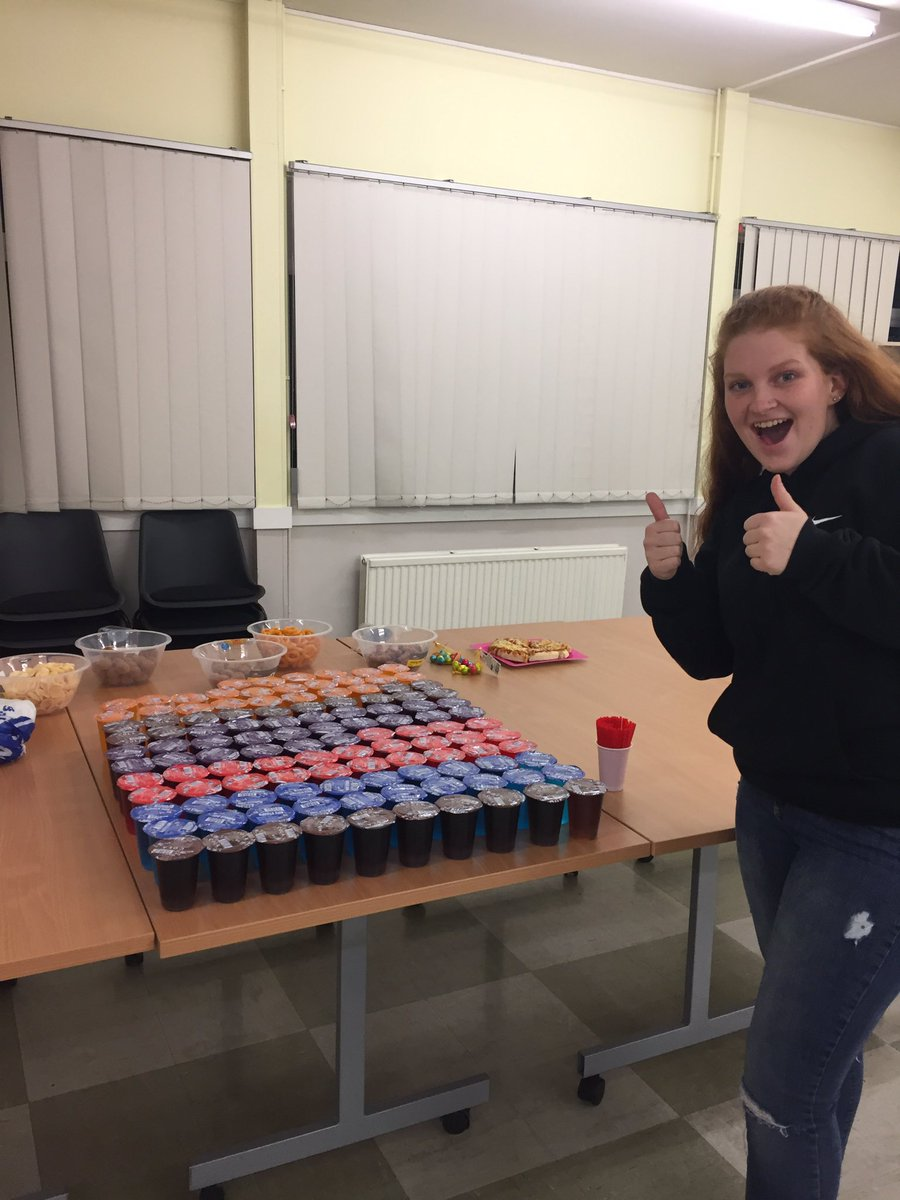Had fun at the Easter party at cadets tonight (whoop!) 🥳 played a couple of party games before the cadets took part in an Easter egg hunt. We all managed to have a little boogie... even after everyone had left. Have a good Easter 🐣 everyone x #sja @SJAEastYouth
