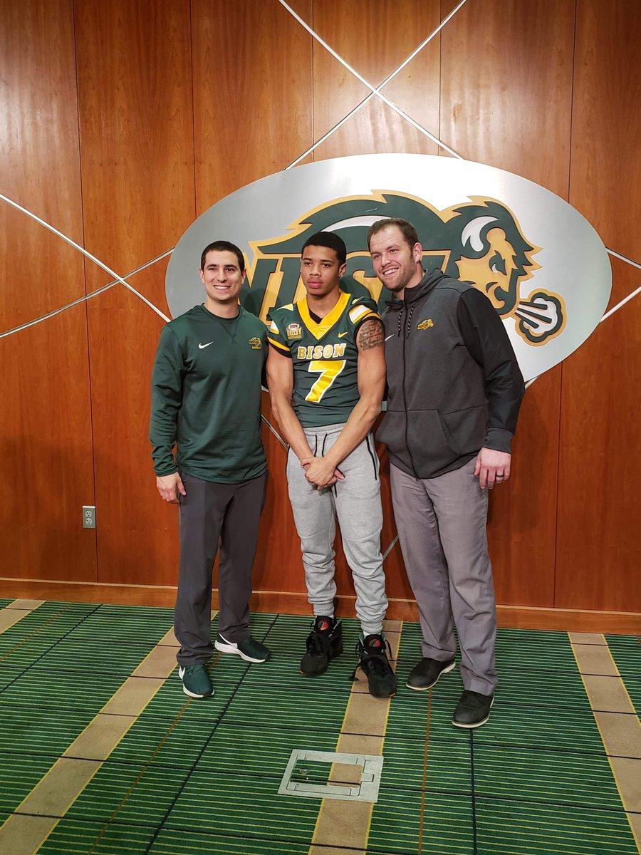Had a very warm welcome at North Dakota State University! Thanks for the visit @CoachKMorgs @Coach_Entz @Coach_Braun See you soon! @EDGYTIM @CoachBigPete