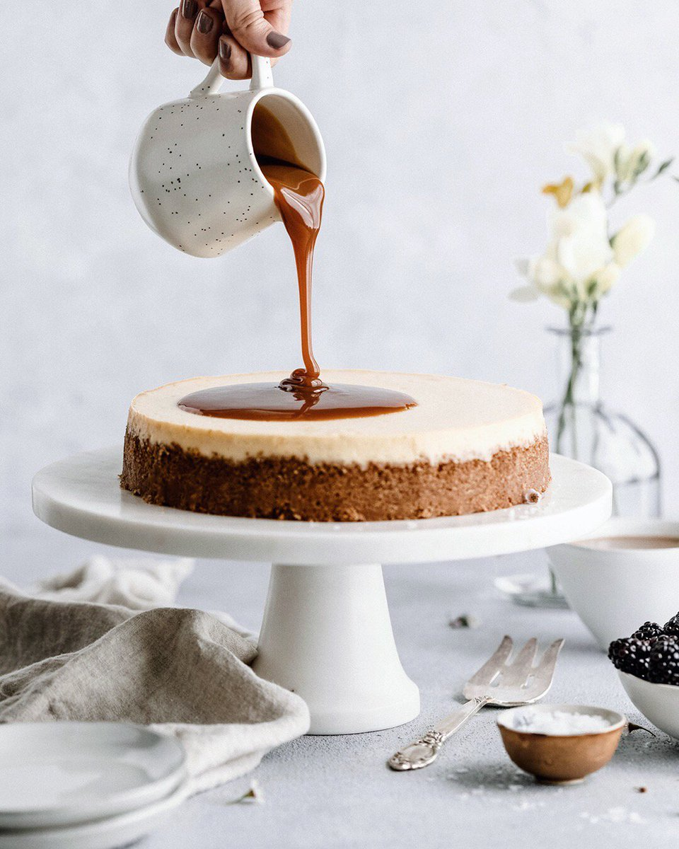 Celebrate #NationalCaramelDay with our Caramel Cheesecake: https://t.co/QrBncxzZH7 https://t.co/agiYoeM0zJ
