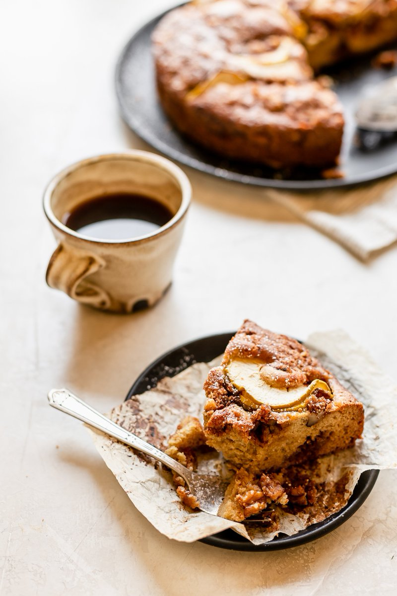 #NationalCoffeeCakeDay calls for this Apple Spiral Coffee Cake: https://t.co/Rfu6oSF0El https://t.co/fmriWB1Xmk