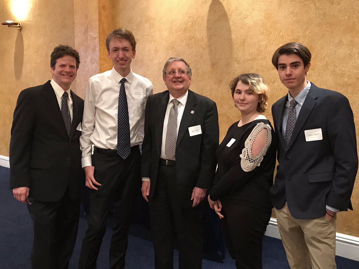 Arl Tech TV Prod students are crewing the Arl County Civ Fed Annual Banquet at Fort Myer. They are pictured with Duke Banks, president of the ACCF.  <a target='_blank' href='http://twitter.com/arlingtontechcc'>@arlingtontechcc</a> <a target='_blank' href='http://twitter.com/CharlesRandolp3'>@CharlesRandolp3</a> <a target='_blank' href='http://twitter.com/Margaretchungcc'>@Margaretchungcc</a> <a target='_blank' href='http://twitter.com/APSCareerCenter'>@APSCareerCenter</a> <a target='_blank' href='https://t.co/VkTXzZ35Ac'>https://t.co/VkTXzZ35Ac</a>
