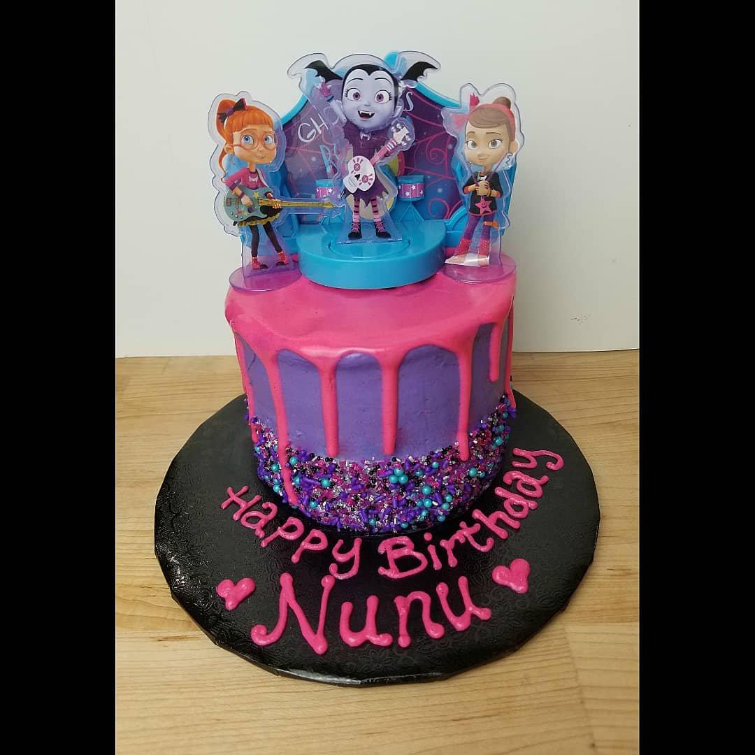 Birthday Cake Vampirina Disney Disneylife Custom Customcakes Losangeles Laart Labakeshop Laeats Buzzfeast Thebakefeed Thefeedfeed Foodzooka