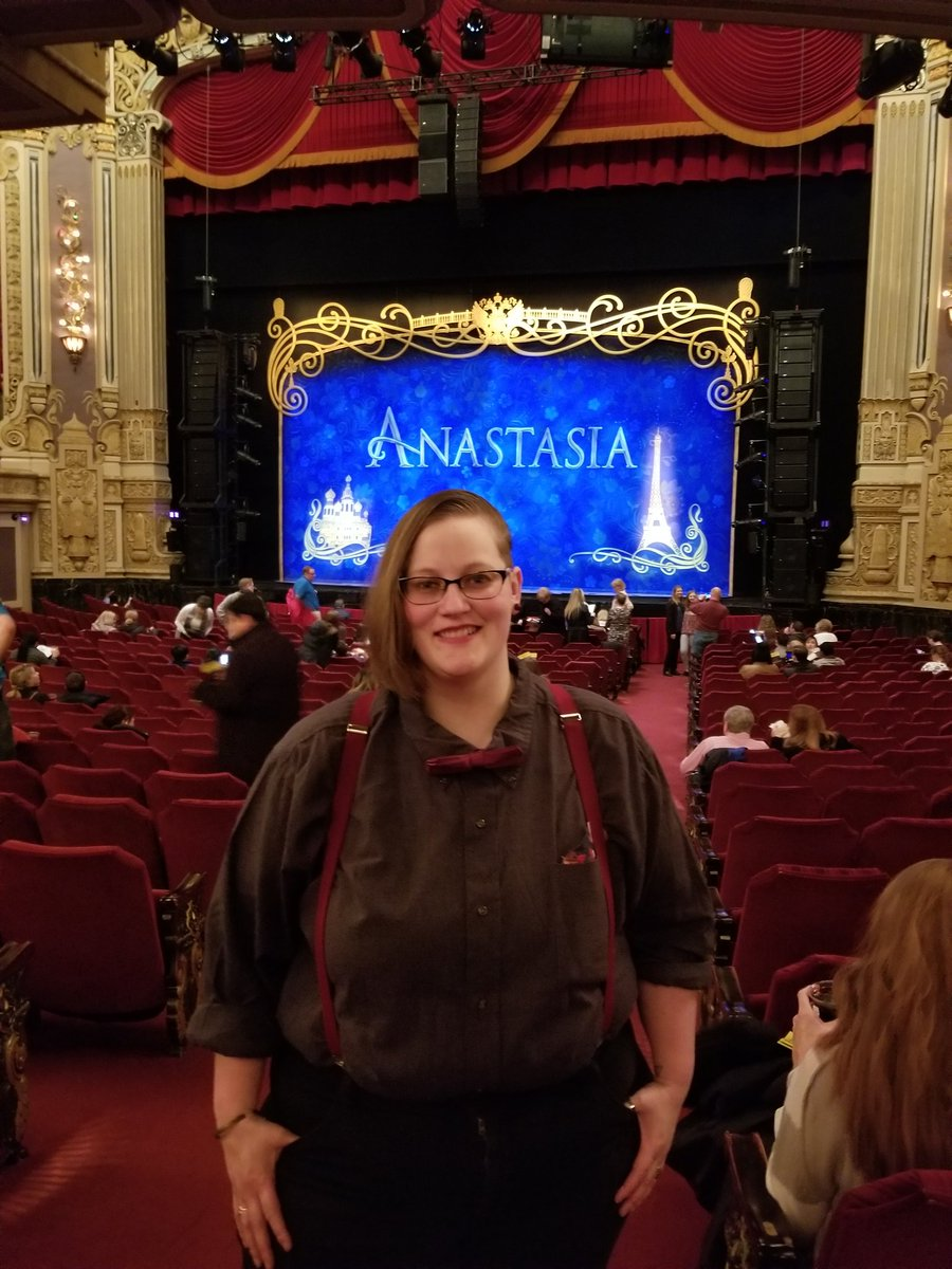 Roommate date to Anastasia the Musical!  We will probably cry during the opening. #theatrenerds <br>http://pic.twitter.com/666xfw9ShH