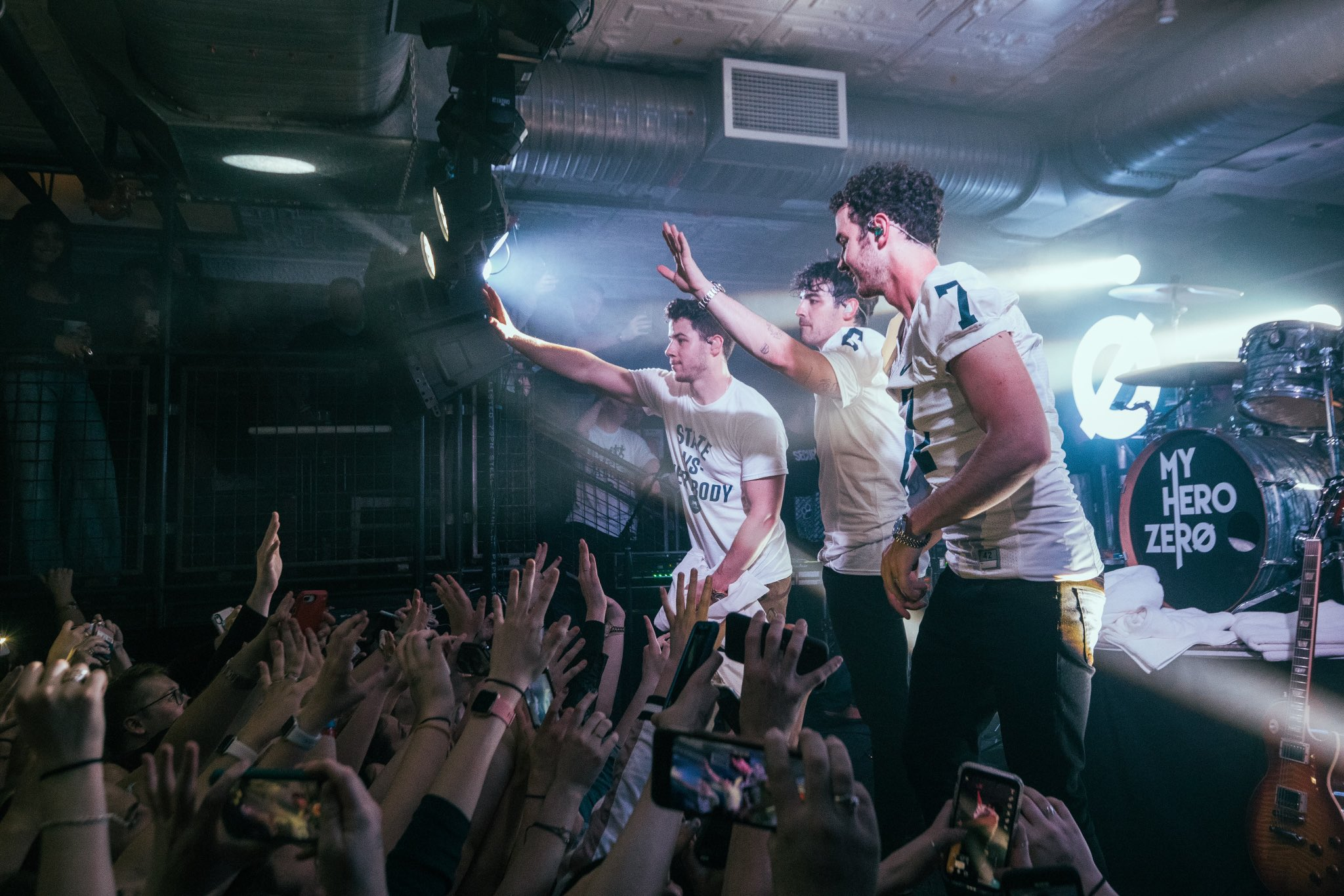 Jonas Brothers @ jonasbrothers