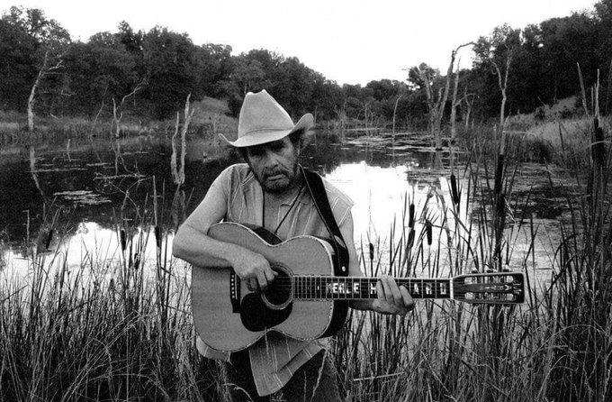 Merle Haggard was born on April 6th, 1937 in Oildale, CA. Happy Birthday! & RIP  Photo: Piper Ferguson