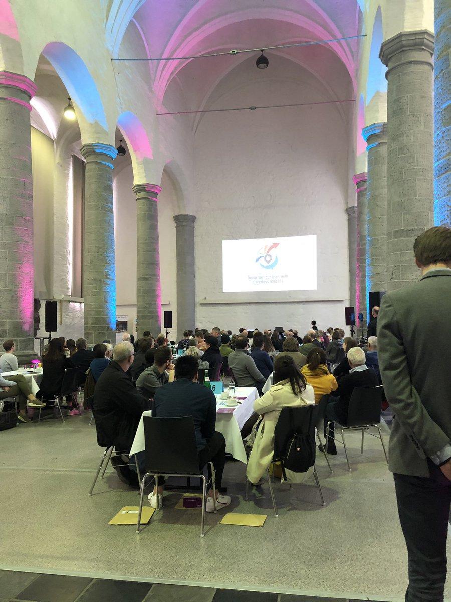 test Twitter Media - Klasse. Bürgerpartizipation in #Aachen mit 100 Menschen #händefrei @UrbanMove_ac  #citizendebate https://t.co/VlRDoZQCNs