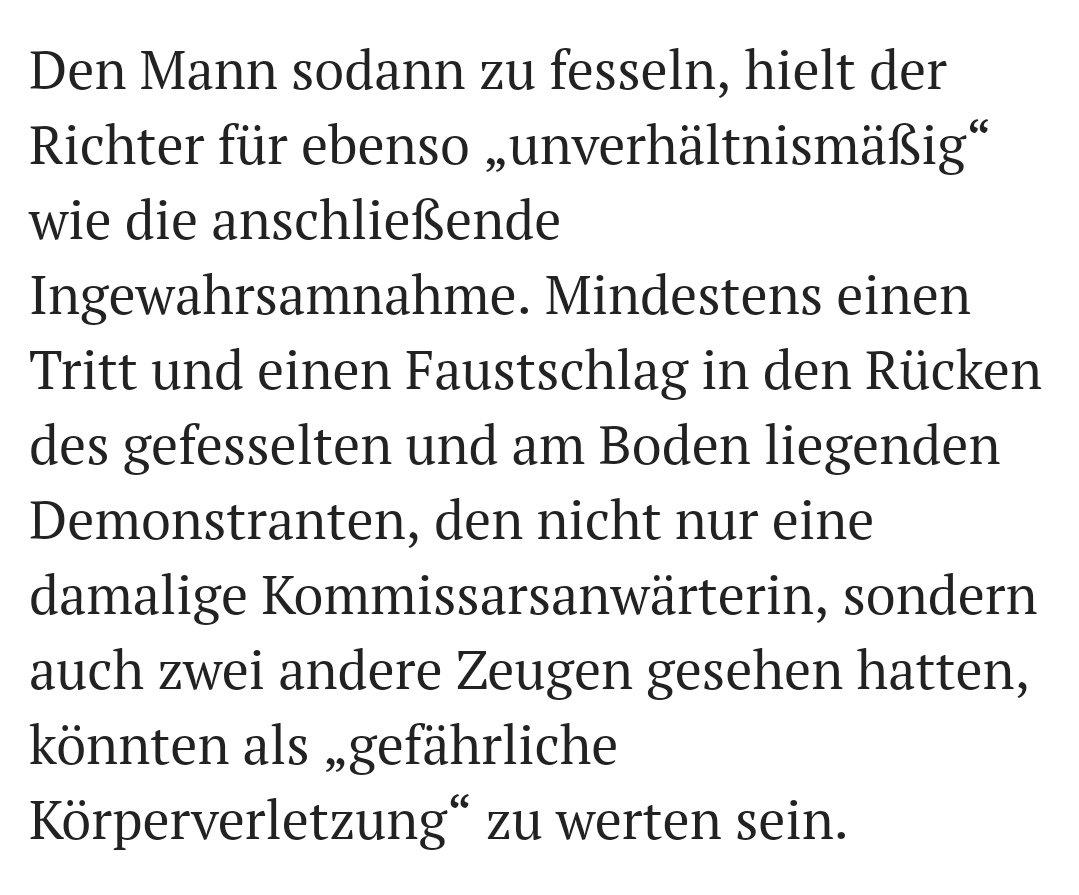 Ein Richter, der beim Freispruch eines Demonstranten mit den Tränen kämpft - weil er sich schämt, dass nicht die Polizisten angeklagt sind, die ihn offenbar verprügelten. #Koeln #Polizeigewalt #CSD https://mobil.ksta.de/koeln/-ich-schaeme-mich-fuer-diesen-staat--koelner-richter-kaempft-vor-urteil-mit-den-traenen-32334822?originalReferrer=https://t.co/rhkMUnq76C?amp=1…