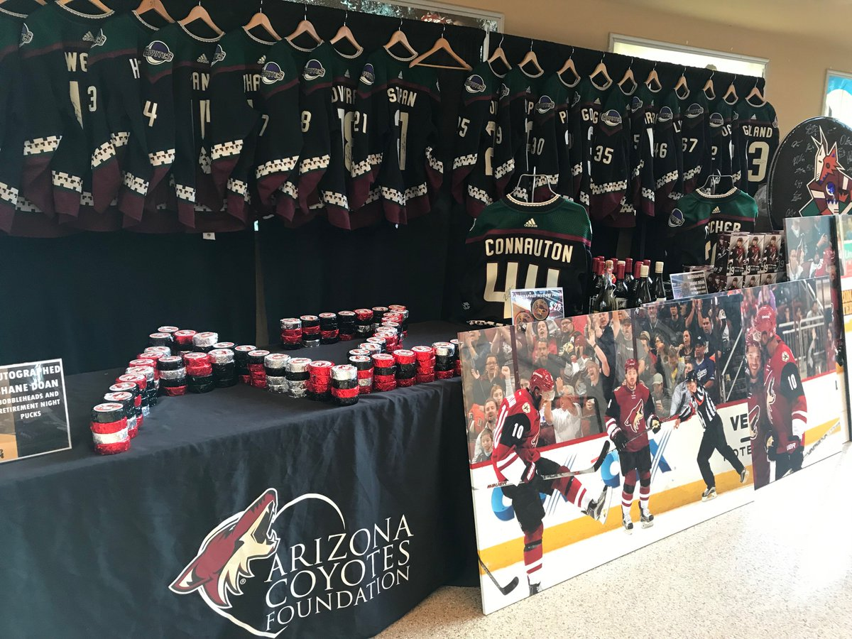 92e4bc36ee2 You won't want to miss this! See all the auction items, including game worn  jerseys http://www.arizonacoyotes.com/jerseyauction .pic.twitter .com/JMvk02pmE5