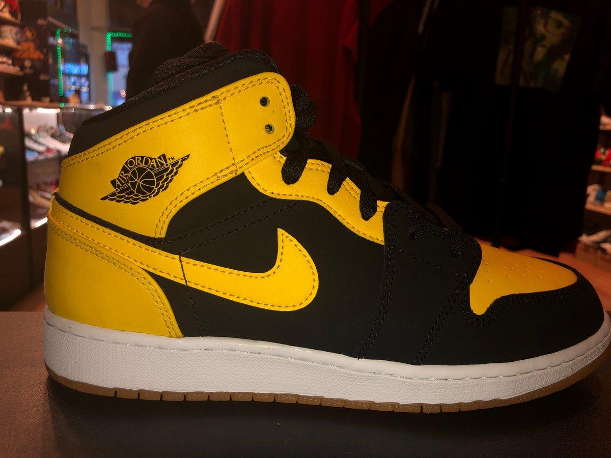 579c6a7b168c3b Direct Kicks  DirectKicks. Size 7Y Air Jordan 1  New Love  Brand New   264.99 ➤ https