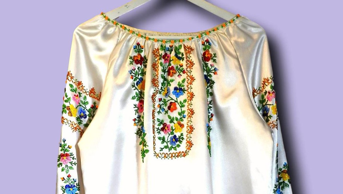 Fall in love with this vintage embroidered blouse https://zazaofcanada.com/products/vintage-satin-blouse-for-woman-with-beaded-embroidered-pansies…  #mexicanblouse #embroidered #fashion #embroidery #blouse #mexicanoutfit #mexicanfashion #babyoutfit #style #most_ #handembroiderypic.twitter.com/5oBWtRiVLK