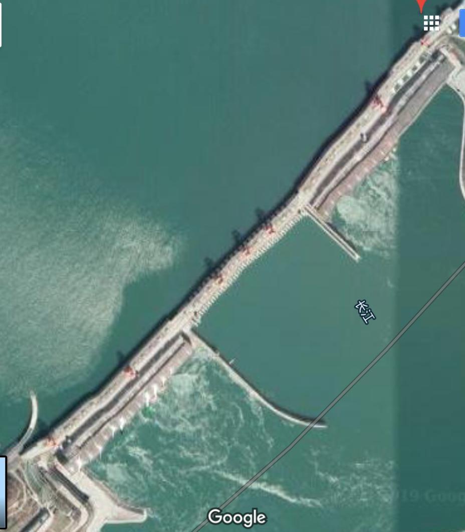 歪み 三峡 ダム