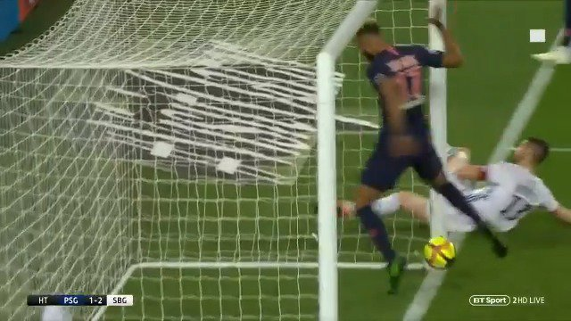 Is this the worst miss of all time? 😂  Eyebrows were raised when PSG signed Eric Maxim Choupo-Moting from relegated Stoke City...  But this is something else 👀