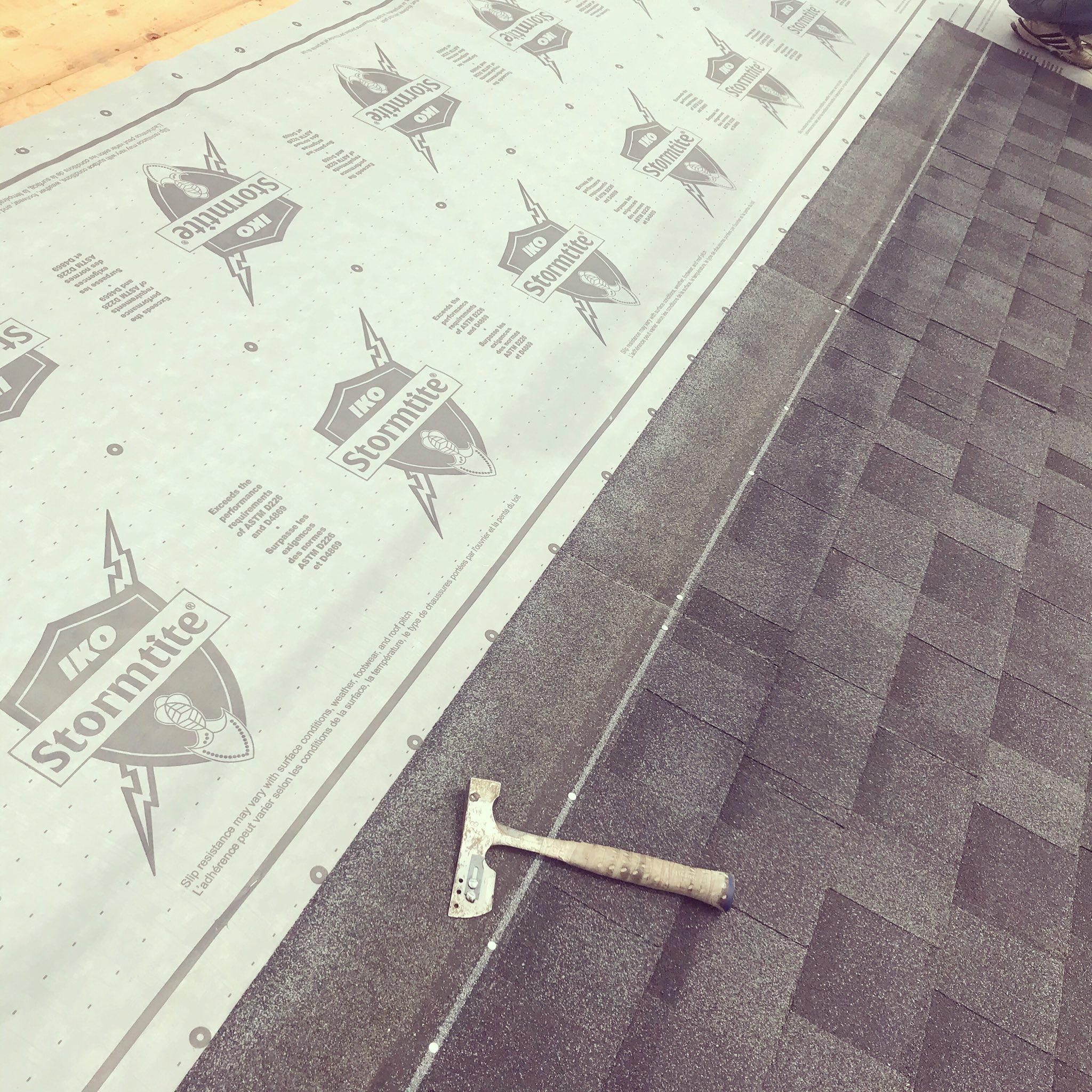 Luso Roofing On Twitter Installation Of Iko Cambridge Shingles With Stormtite Synthetic Underlayment Another Quality Hand Nailed Job Https T Co Lmskcso71y Ikoroofing Handnailingallday Cambridge Ikoroofing Stormtite Lusoroofing