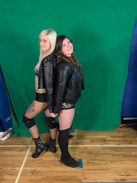 When you find your wrestling soul mate ❤️💕 #PrettyLittlePsycho #PWA #JacketAdventures #HawkArmy #ShawnaAndHarley