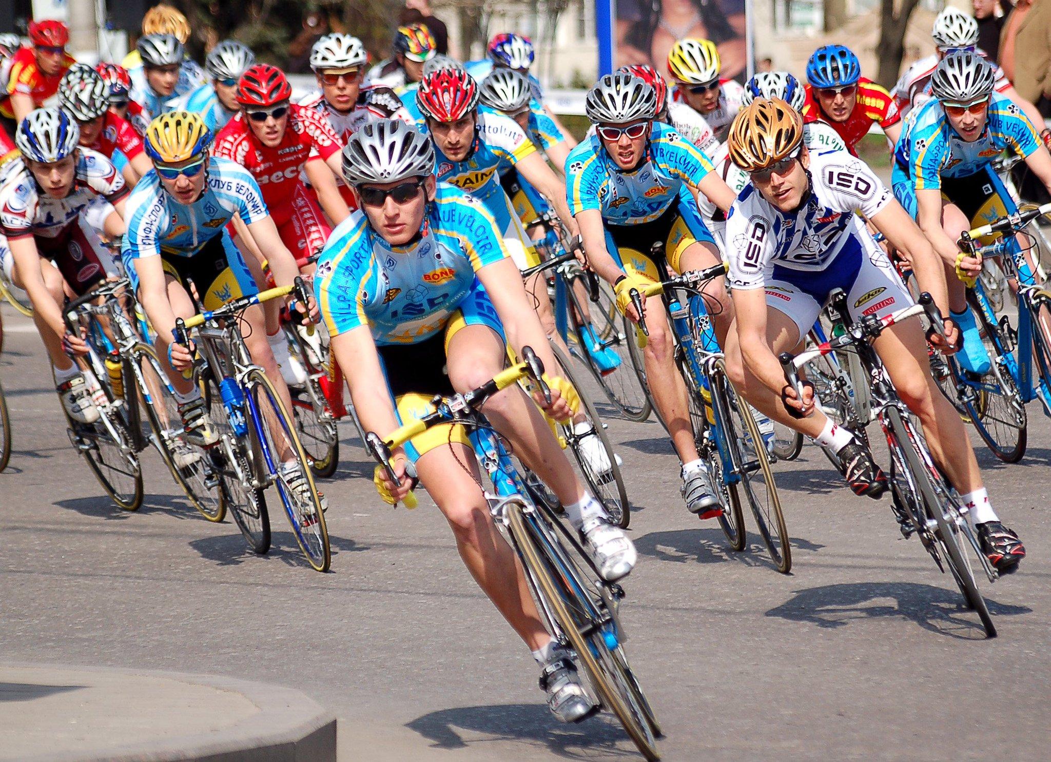 велосипедные гонки фото стремится показать