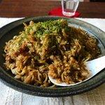 簡単レシピ【レンジでそばめし】野菜も肉も炭水化物もがっつり食べれます!