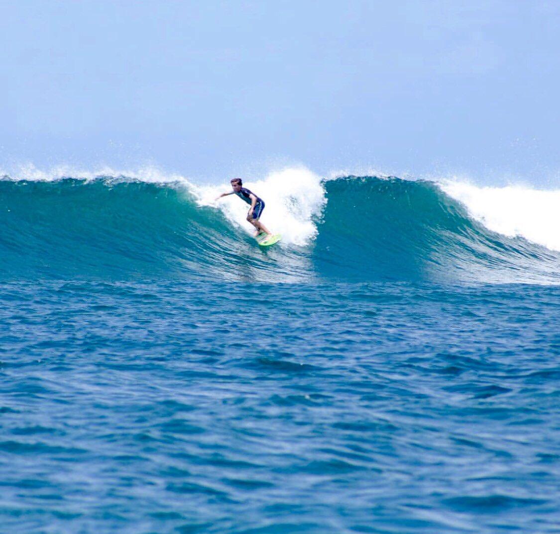 Love seeing the boys back in their happy place #bali #surfasia #surfgroms #schoolholidays #happykids @SimonIslinpic.twitter.com/zLb0N3kvIx