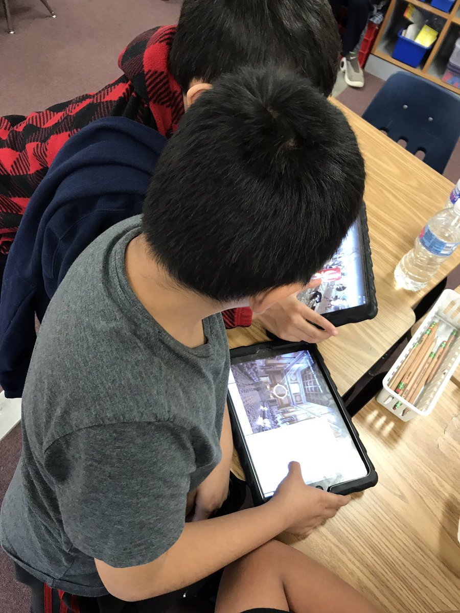 Students use Google Expeditions to explore Ancient Rome! <a target='_blank' href='http://search.twitter.com/search?q=KWBPride'><a target='_blank' href='https://twitter.com/hashtag/KWBPride?src=hash'>#KWBPride</a></a> <a target='_blank' href='https://t.co/4x2FE3mc6d'>https://t.co/4x2FE3mc6d</a>