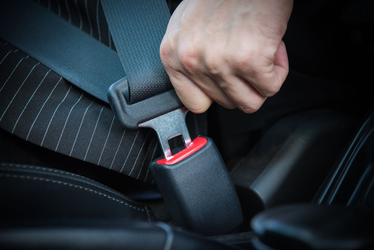 Four people needlessly die every week on our roads when not belted up. We urge all drivers and passengers to always buckle up because seat belts save lives #MondayMotivation