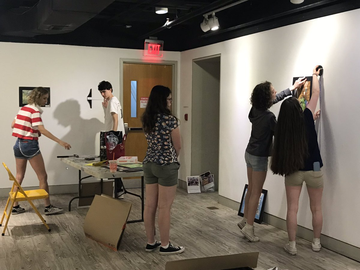 Seniors installing Onwards and Upwards <a target='_blank' href='http://twitter.com/ArlingtonArtsCenter'>@ArlingtonArtsCenter</a> <a target='_blank' href='http://twitter.com/HBWArt'>@HBWArt</a> <a target='_blank' href='http://twitter.com/HBWProgram'>@HBWProgram</a> <a target='_blank' href='http://twitter.com/APSArts'>@APSArts</a> <a target='_blank' href='http://search.twitter.com/search?q=LoveHB'><a target='_blank' href='https://twitter.com/hashtag/LoveHB?src=hash'>#LoveHB</a></a> <a target='_blank' href='https://t.co/ZU5B18EPwz'>https://t.co/ZU5B18EPwz</a>