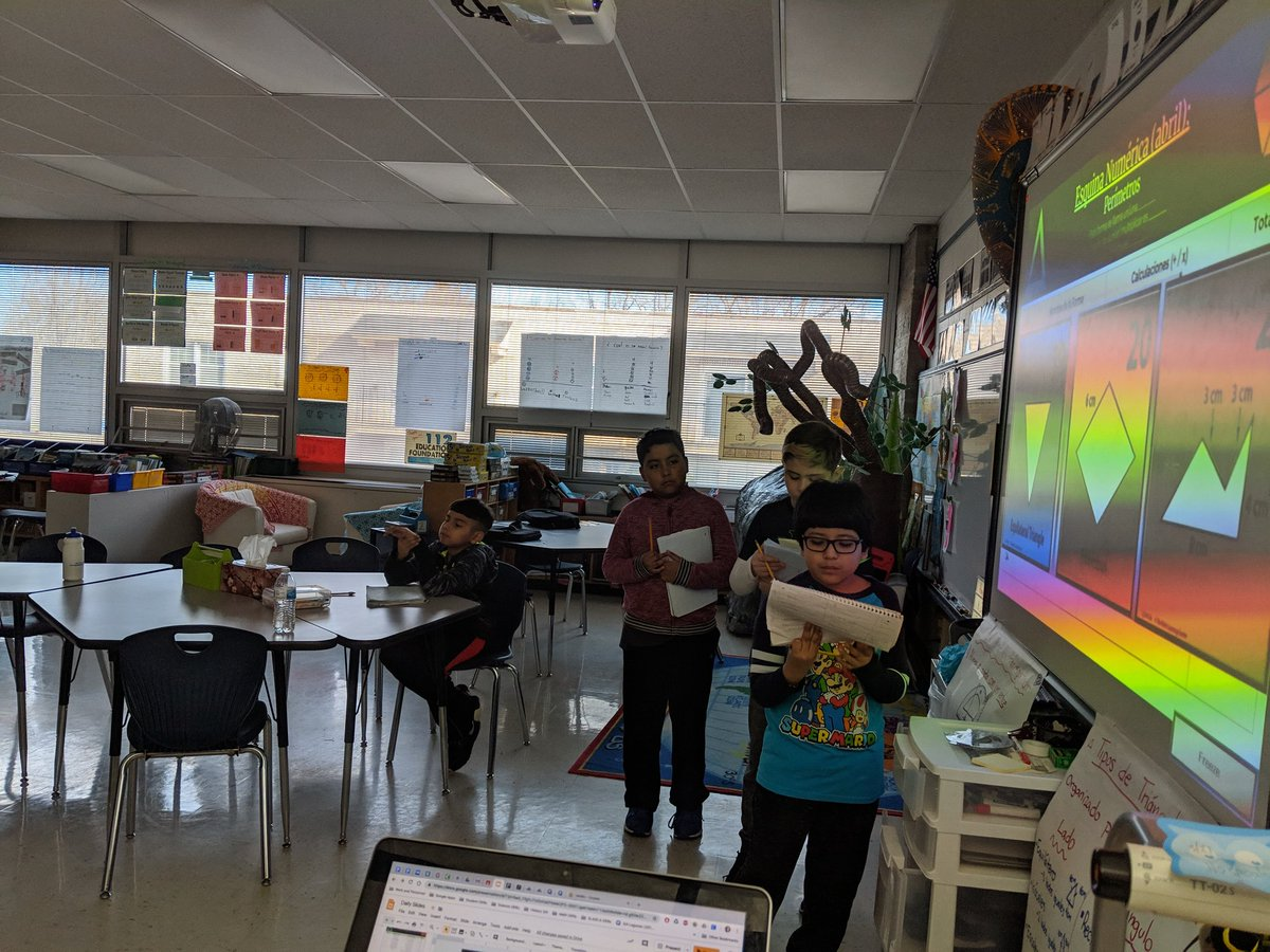So good to be back into a routine. I know you'd be as proud of these students as I am dad. Miss you lots  #112Leads #mathematics #Esquina #Numéricapic.twitter.com/lvT2qXfPuq