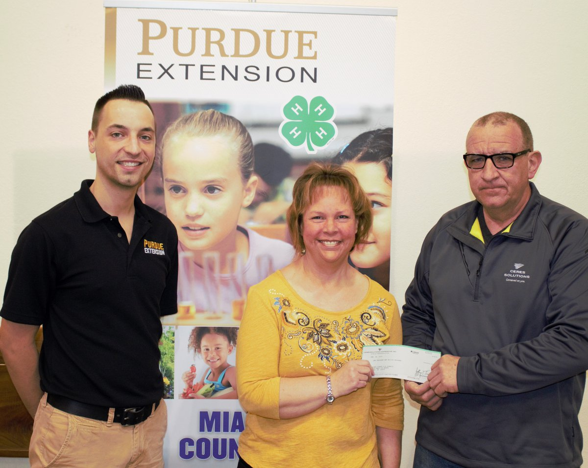 PROUD TO SUPPORT OUR LOCAL YOUTH.. Dan Eames of our Santa Fe agronomy branch presents the Miami county extension staff with a $1,000 donation along with matching funds from our partners at Land O' Lakes. #4HGrowshere #miamico4H